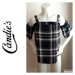 Candies cold shoulder blouse.size XS.
